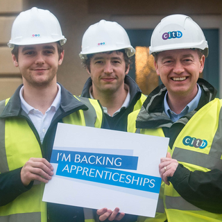 Tim Farron MP visits apprentices on local housing development