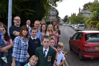South Lakes MP Tim Farron joined with local residents and councillors Giles Archibald and Phil Dixon on Friday to try and curb speeding on Gillinggate and Fellside.